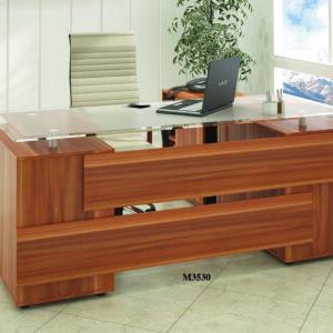 میز مدیریت رادو
