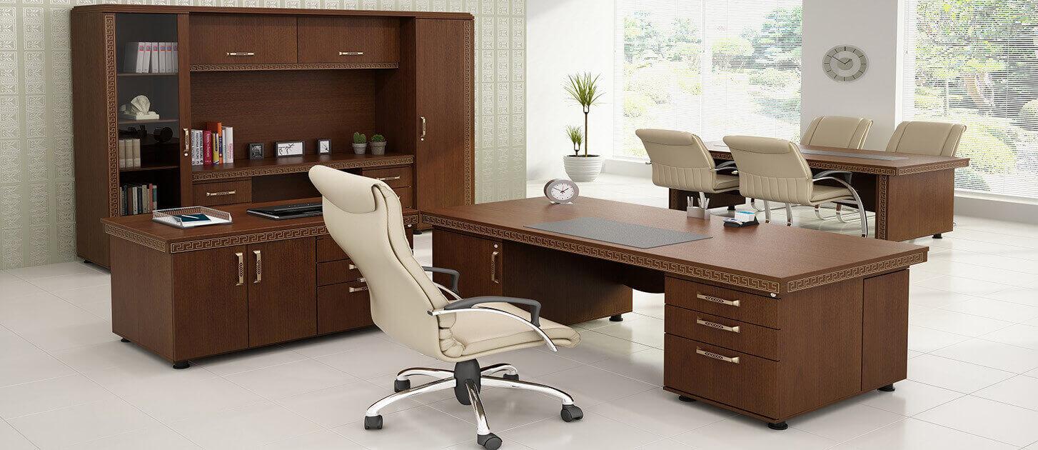 صندلی و میز مدیریت